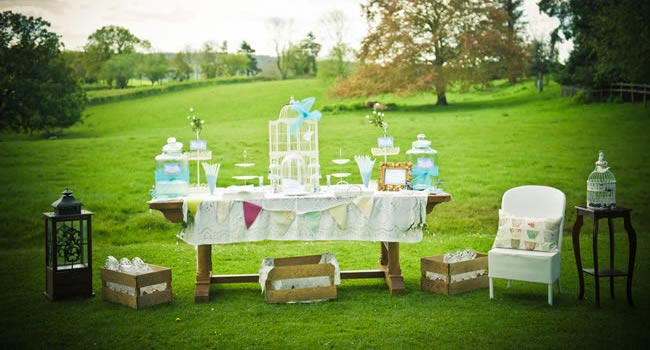 18 Things You Need To Know About Planning A Wedding Outdoors