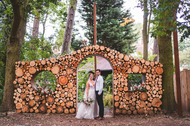 outdoor-wedding-tips-creative-decor-ideas