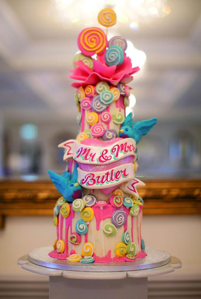 statement-wedding-cakes