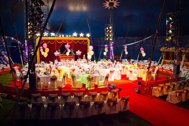circus wedding theme andrewbillingtonphotography