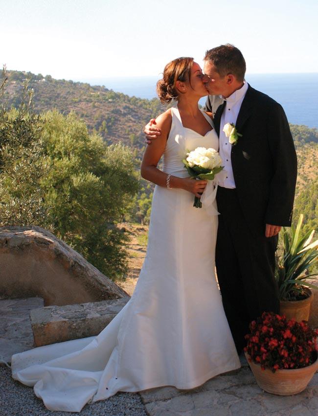 wedding abroad davidjenkinsphotography.com