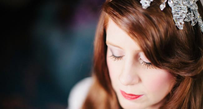 Top Tips For Choosing A Wedding Hairstyle