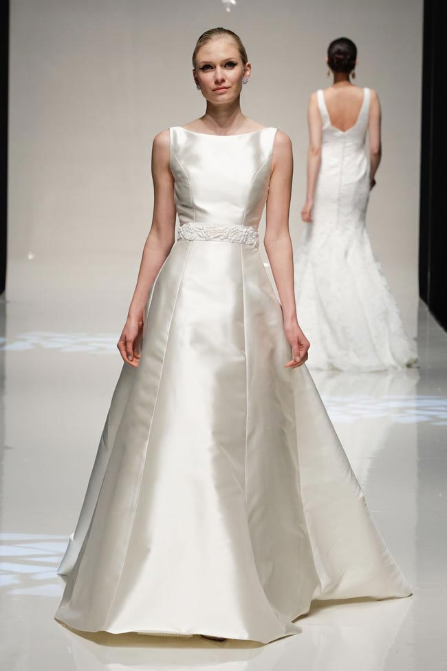 Wedding dress: Stewart Parvin at The White Gallery (2)