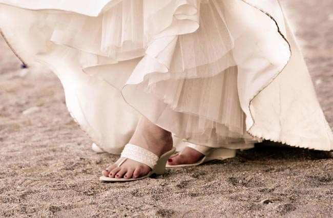 bridal toes rosewarnecoxphotography.co.uk