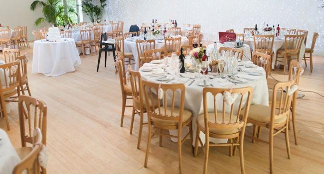 7 Fantastic Ways To Make Your Wedding Reception Truly Unique