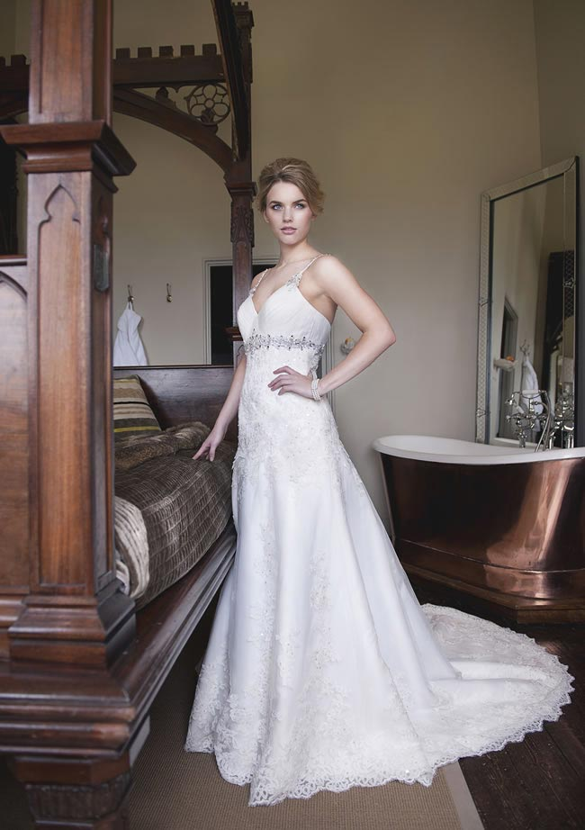 Alexia Designs 2014 collection style W398