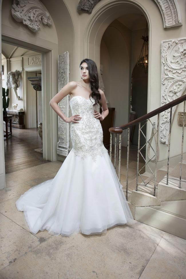 Alexia Designs 2014 collection style W406