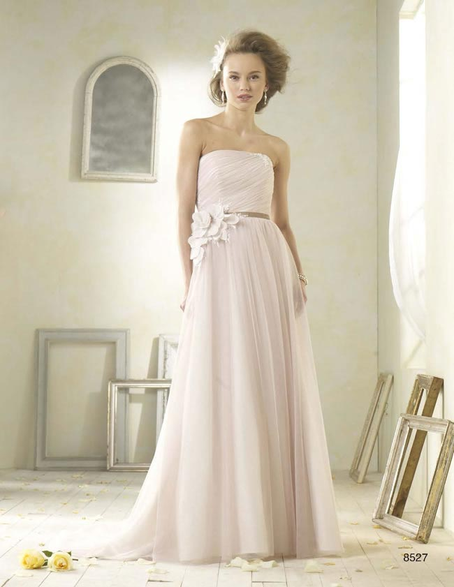 Alfred Angelo Modern Vintage style 8527