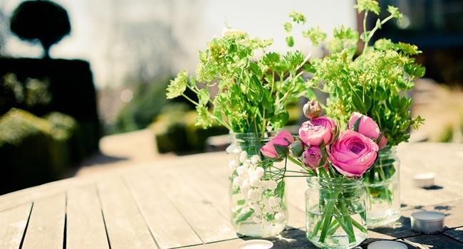 DIY wedding flowers kerriemitchell