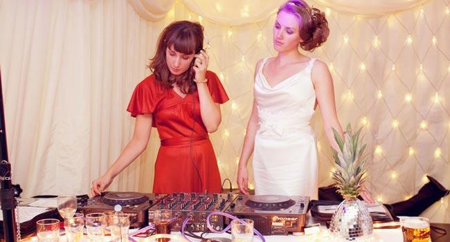 wedding entertainment sarahmorris-photography