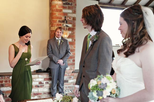 Poems To Read At Wedding: 5 Alternative Wedding Readings And Poems For Your Ceremony