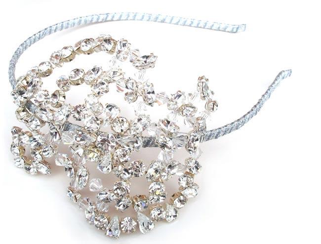 2. laurel-lime.com Clio Headdress ú265.00