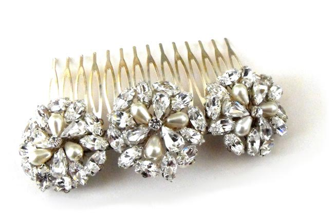 Wedding Hair Accessories: Your Guide to Bridal Hair Accessory Ideas bridal hair comb