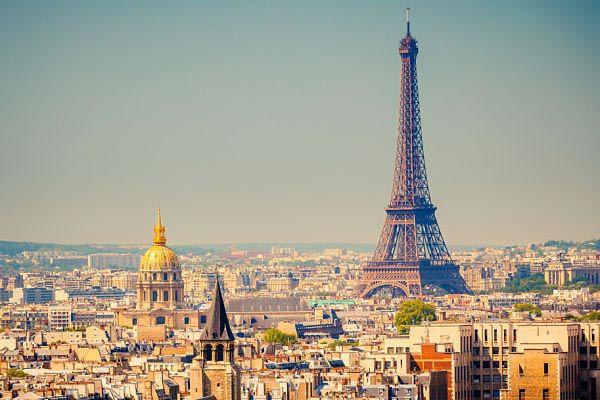 9.Paris