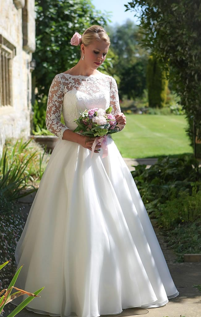 Dreamtime (full) - Qiana Bridal - English Rose Collection 2013