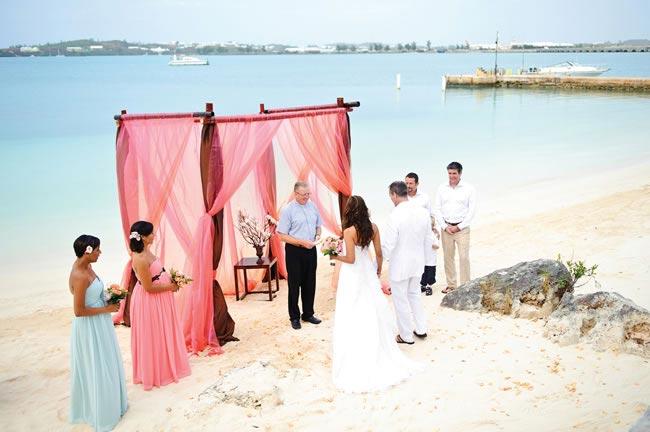 Grotto Bay Wedding Photos