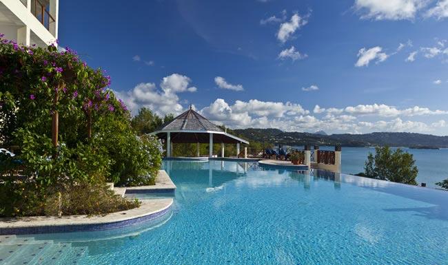Honeymoon pool