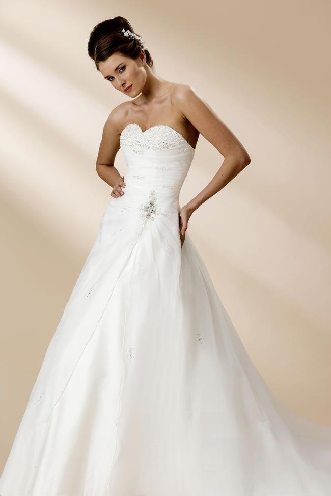 True Bride style W105