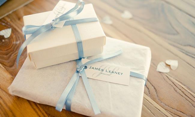wedding gifts kerriemitchell