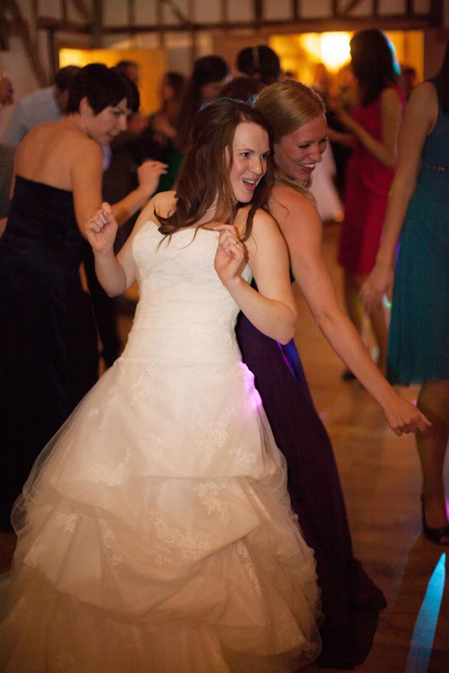 Twerking The Dance Craze Coming To A Wedding Reception Near You