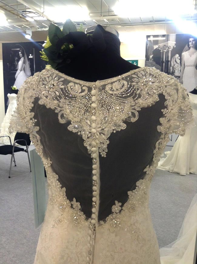 16-fabulous-finds-from-the-british-bridal-exhibition-justin-alexander-backs
