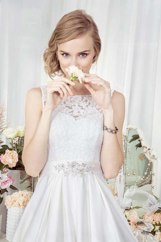 Kelsey-Rose-goes-bridal-with-a-new-budget-friendly-collection-2