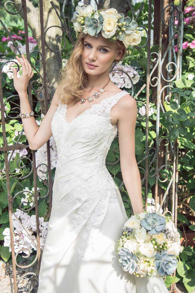 Kelsey-Rose-goes-bridal-with-a-new-budget-friendly-collection-4