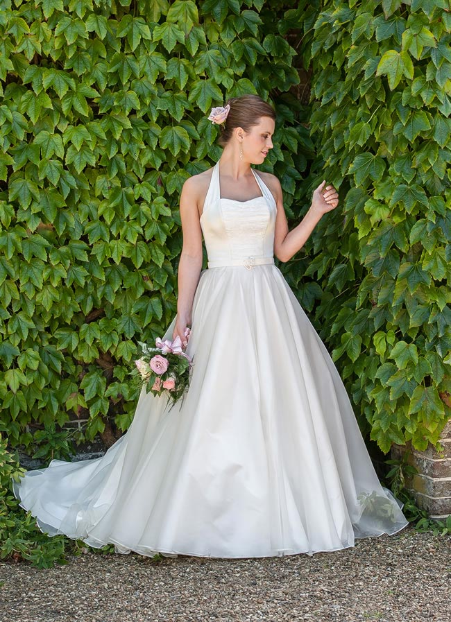 Ribbon Rose - Qiana Bridal - Classic Rose Collection
