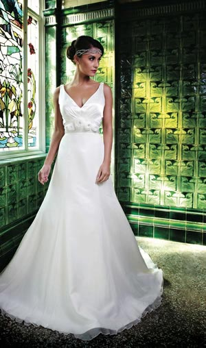Win a wedding gown worth £1,500 from the fab folks at Ivory & Co
