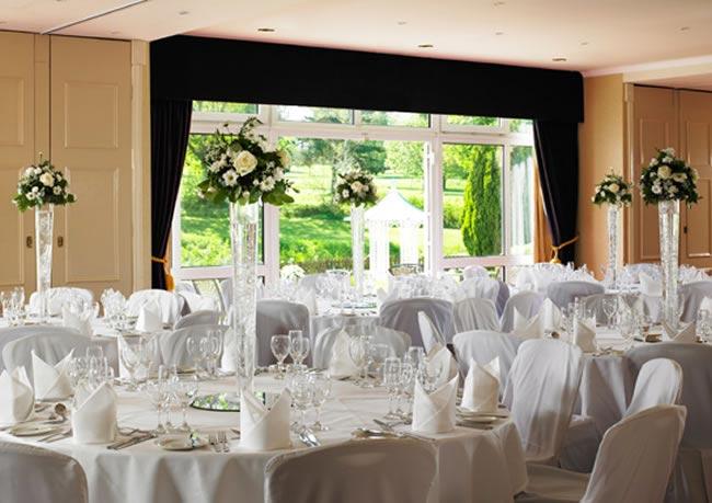cheltenham-park-hotel-wedding-show-reception