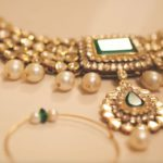 how-to-choose-and-use-wedding-accessories-art-deco-necklace