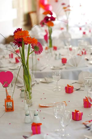 save-50-on-table-crystals-and-confetti-at-the-wedding-ideas-shop