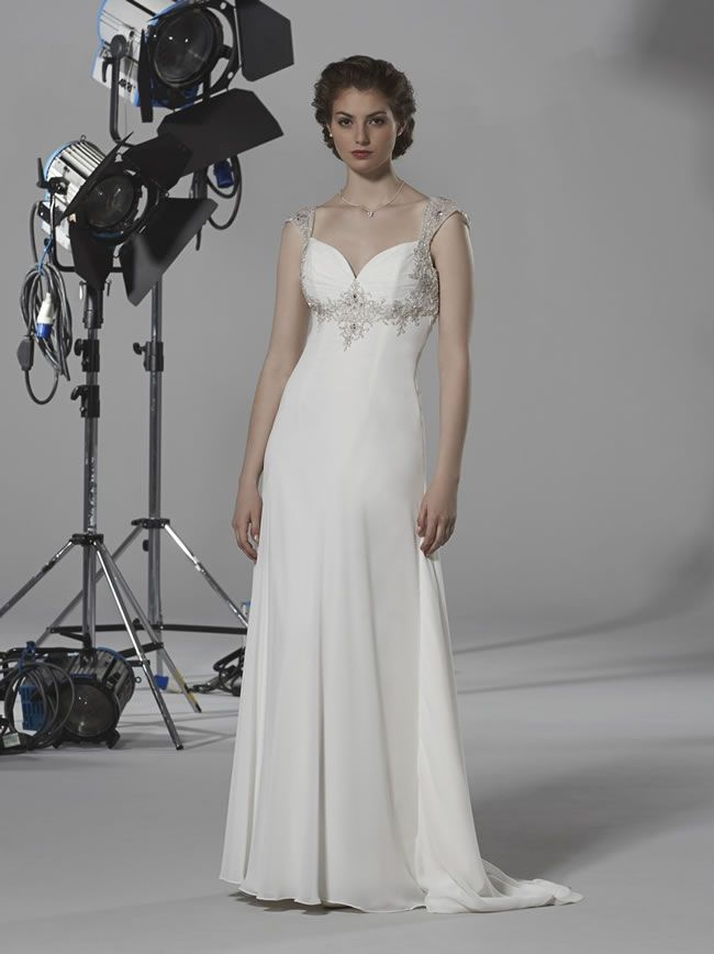 wedding-dresses-to-suit-your-theme-from-romantica-of-devon-oceana-romantica-2014