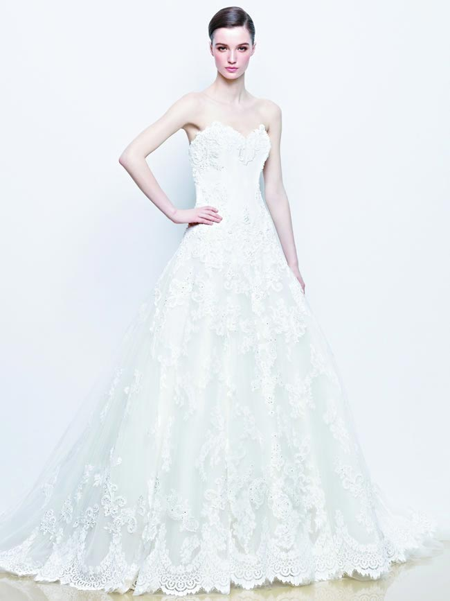 2014-collection-enzoani-full-breathtaking-gowns-timeless-brides-Idelia_Fro_Alt