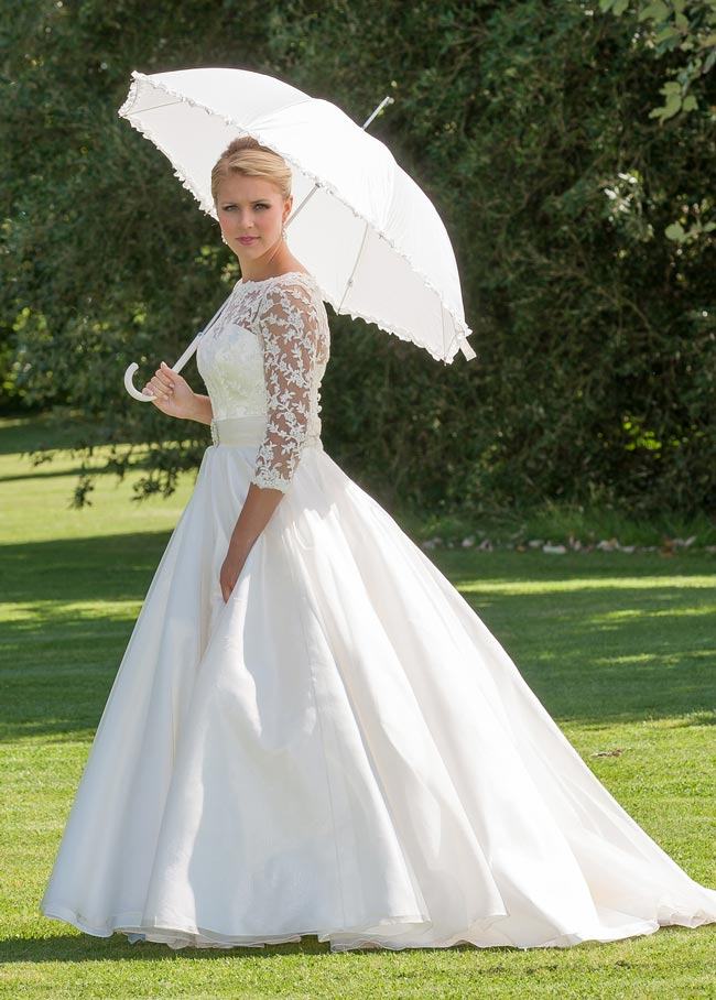 2014-hottest-trends-for-wedding-dresses-qianabridal.