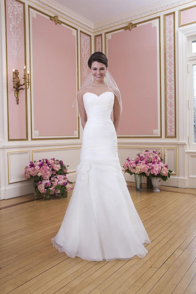 2014-sweetheart-dress-collection-young-fun-full-romance-6022-front