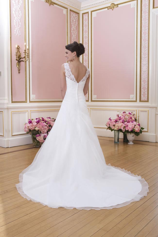 2014-sweetheart-dress-collection-young-fun-full-romance-6024-back