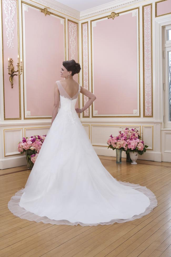 2014-sweetheart-dress-collection-young-fun-full-romance-6027-back