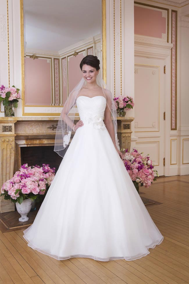 2014-sweetheart-dress-collection-young-fun-full-romance-6029-front