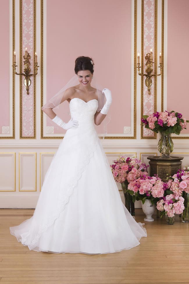 2014-sweetheart-dress-collection-young-fun-full-romance-6031-front