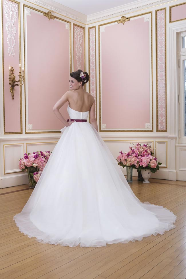 2014-sweetheart-dress-collection-young-fun-full-romance-6037-back