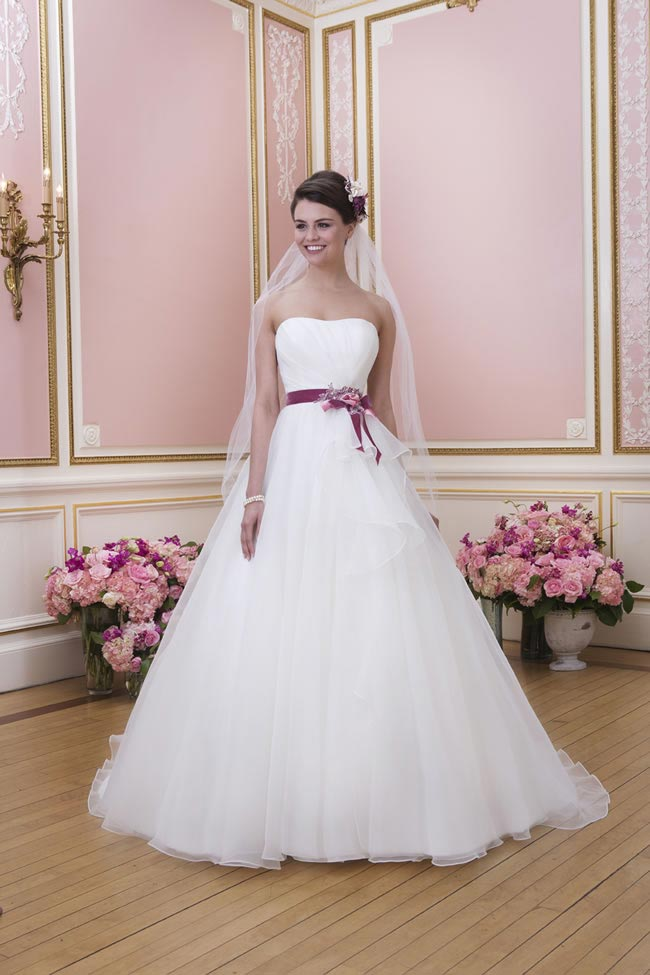 2014-sweetheart-dress-collection-young-fun-full-romance-6037-front