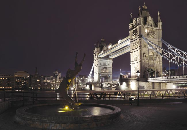 Chic-city-weddings-start-with-The-Tower-Hotel-1
