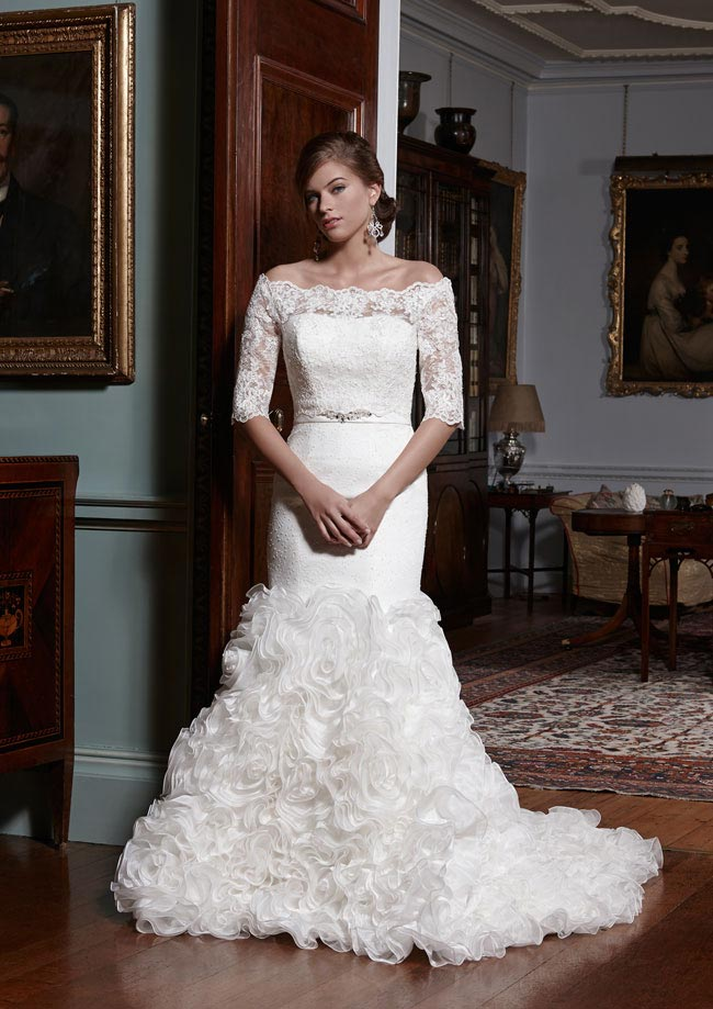 Hot-predictions-for-wedding-dresses-in-2014-carmen