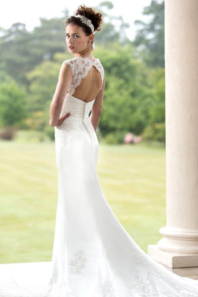 Real-life-wedding-dress-dilemmas-style-121-true-bride