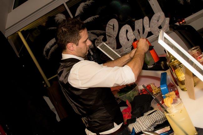 apollophoto.co.ukWedding-Ideas-celebrates-10-10