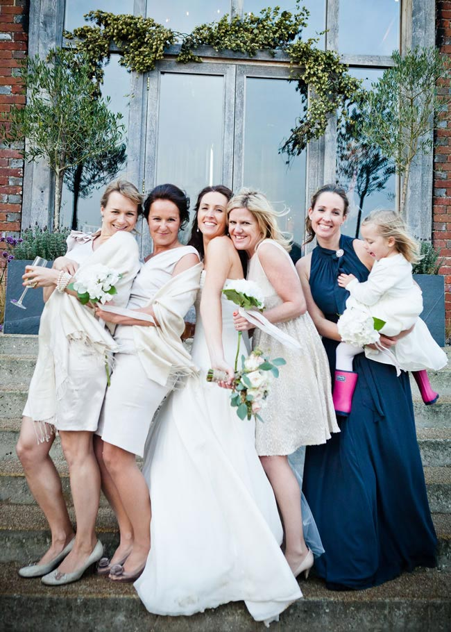 come-girls-best-real-life-bridesmaids-tips-sarahleggephotography.co.uk  Penny Dougal-538