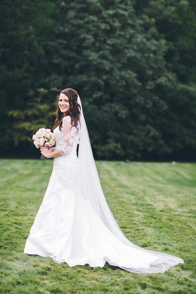 danielle-jordans-real-life-late-summer-wedding-full-beautiful-rustic-touches-albertpalmerphotography.com  Danielle & Jordan Colour-518