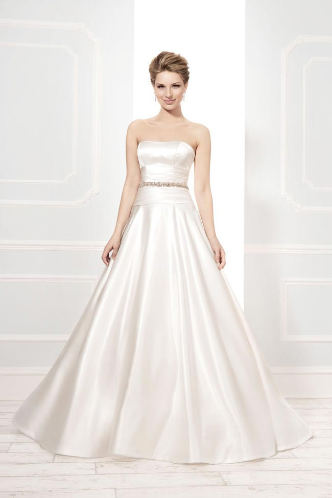 Style 19031 from the Blossom 2014 collection by Ellis bridal