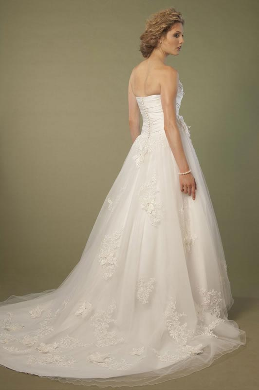 jade-daniels-2014-collection-style-8698-back